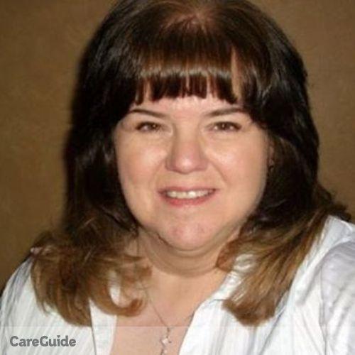 House Sitter Provider Elizabeth Holman's Profile Picture