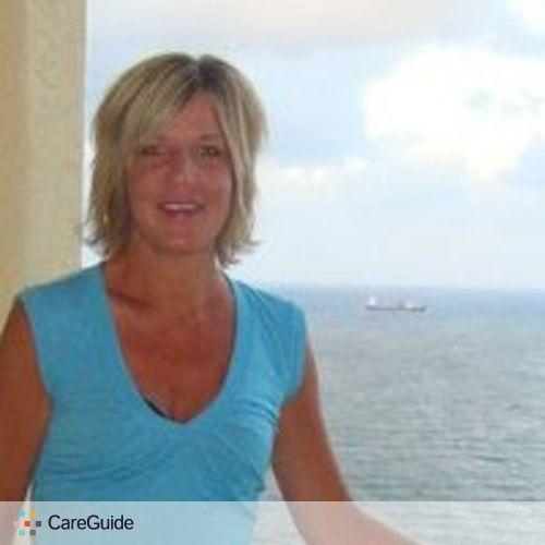 Pet Care Provider Amy Estrada's Profile Picture