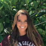 Im Torey Baum, currently in the Bussiness school at Boston College. I Would love to babysit on the weekends.