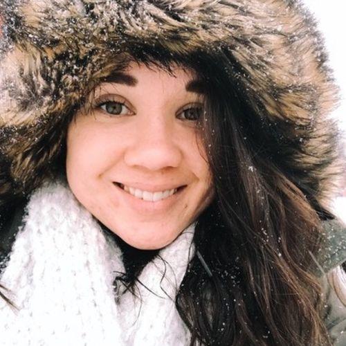 Pet Care Provider Jenn B's Profile Picture