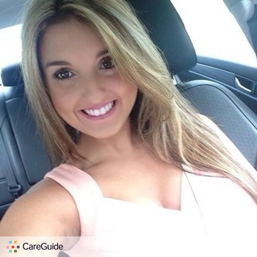 Pet Care Provider Lindsey M's Profile Picture