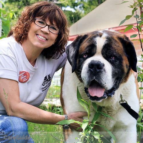 Pet Care Provider Lynda Hollett's Profile Picture
