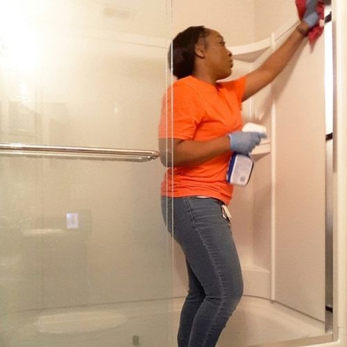 Housekeeper Provider Carolyn's Housekeeping Services Gallery Image 3