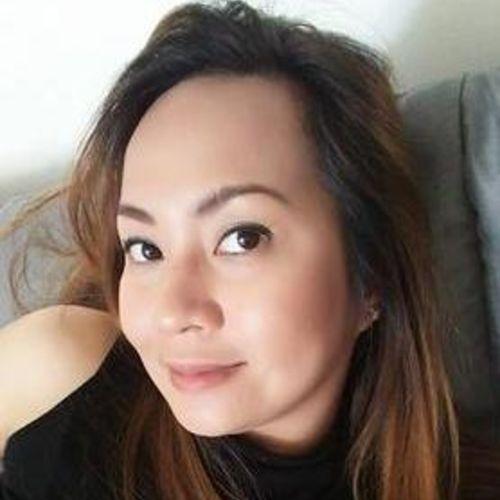 Housekeeper Provider Shem V's Profile Picture