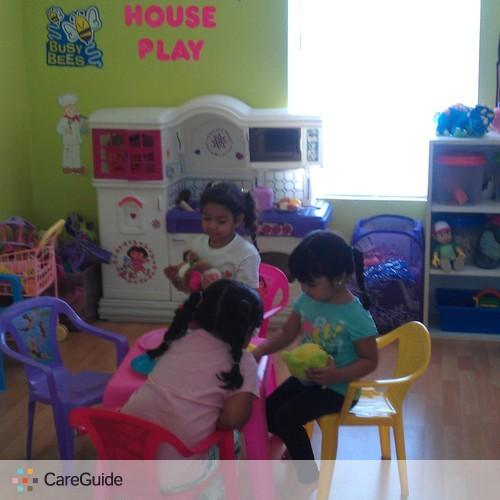 Child Care Provider Mari Oviedo's Profile Picture