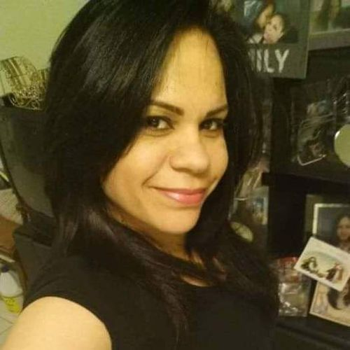 Housekeeper Provider Leslie Martinez's Profile Picture