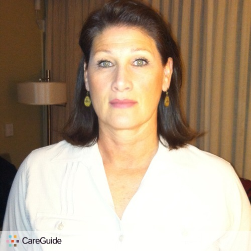 Housekeeper Provider Roxanne Somers's Profile Picture
