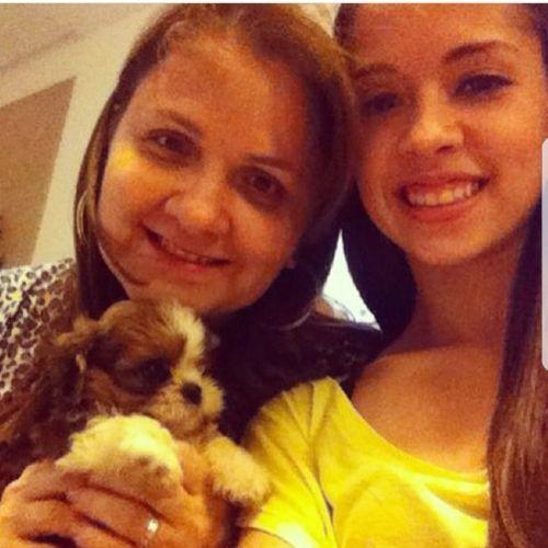 Pet Care Provider Gio Oliveira's Profile Picture