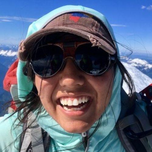 House Sitter Provider Alejandra Garces's Profile Picture