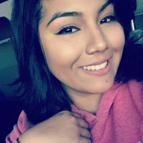 Pet Care Provider Gabby Castillo's Profile Picture