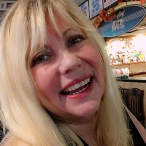 Elder Care Provider Lee W's Profile Picture
