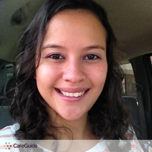 Child Care Provider Isabela Santos's Profile Picture