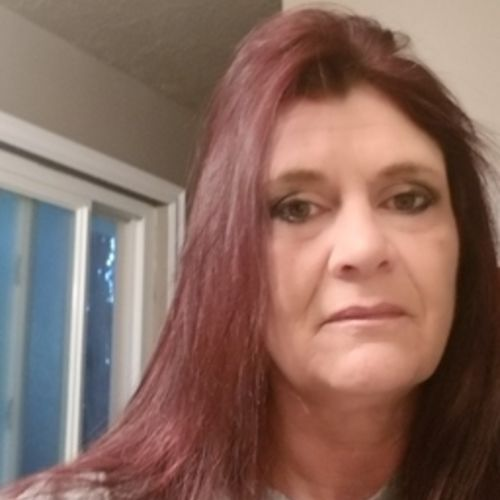 Housekeeper Provider Pamela W's Profile Picture