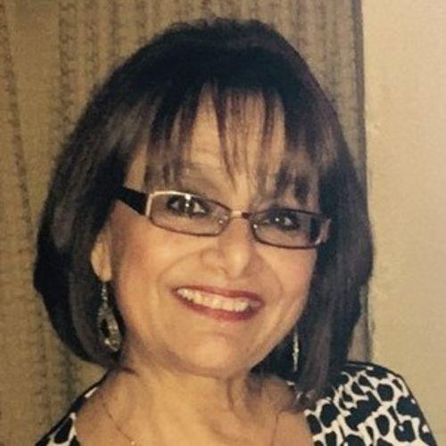 House Sitter Provider Alma Barrera's Profile Picture