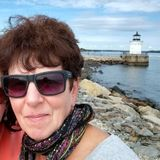 Reliable house/pet sitter, professional cook, gardener, organizer and project manager within the area of Portland, Maine.