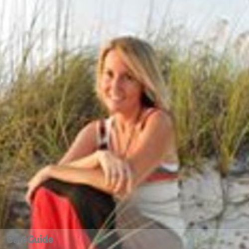 House Sitter Provider Laura Molecavage's Profile Picture