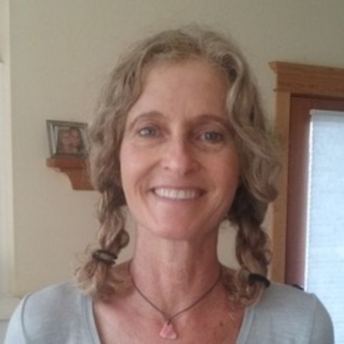 House Sitter Provider April D's Profile Picture