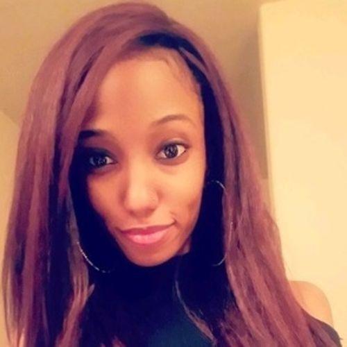 House Sitter Provider Lauren Abisongun's Profile Picture
