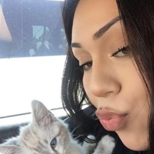 Pet Care Provider Roselani T's Profile Picture