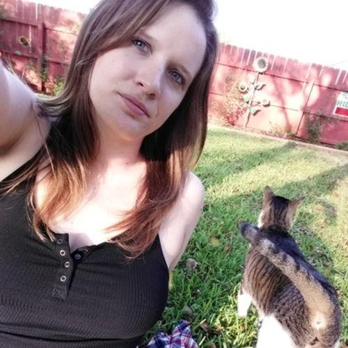 Pet Care Provider Anna H's Profile Picture