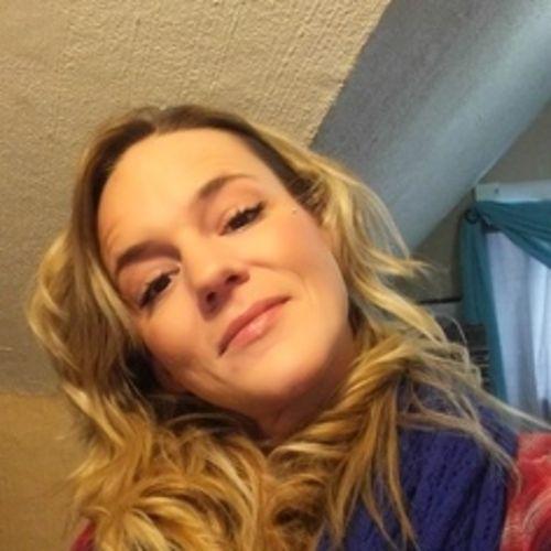 Housekeeper Provider Amanda Cronkwright's Profile Picture