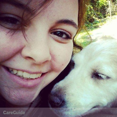 Pet Care Provider Isabella B's Profile Picture