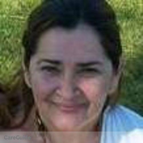 Housekeeper Provider Estrella Serrano's Profile Picture