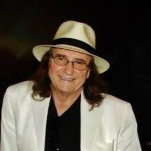 House Sitter Provider Dan E. Smith's Profile Picture