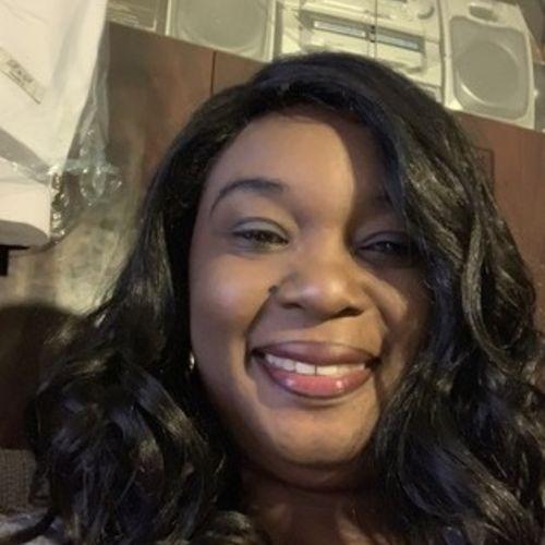 Elder Care Provider Jasmine J's Profile Picture