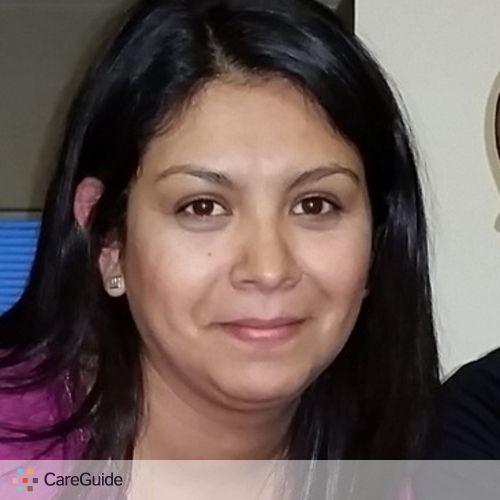 Child Care Provider Aliz Flores's Profile Picture