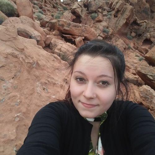 Housekeeper Provider Sonya Bynumu0027s Profile Picture