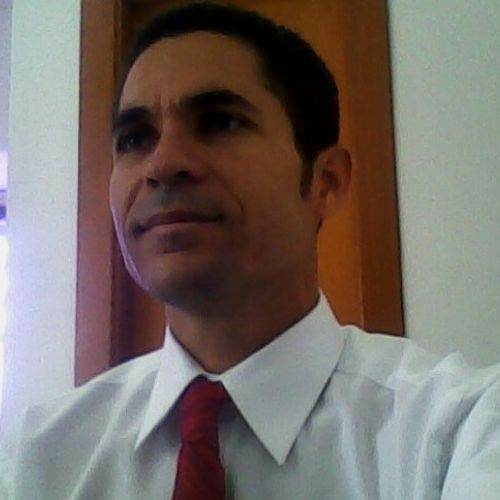 Housekeeper Provider Almir Silva's Profile Picture