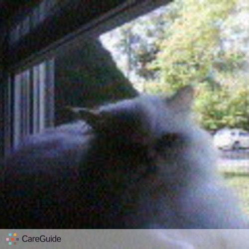 Pet Care Provider Deborah Madeiras's Profile Picture