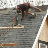 Roofer in Omaha