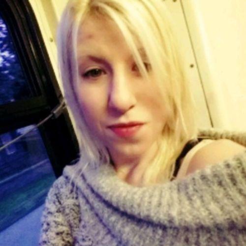 Housekeeper Provider Amanda Cummins's Profile Picture