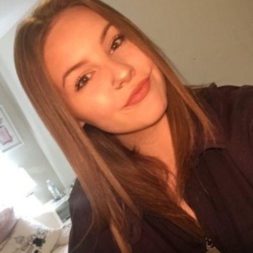 Canadian Nanny Provider Laura D's Profile Picture