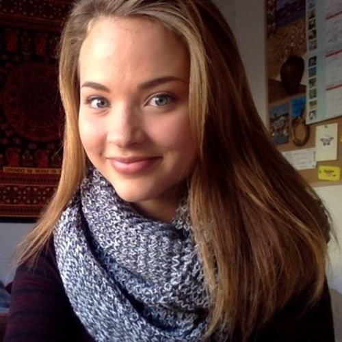 Canadian Nanny Provider Lily W's Profile Picture