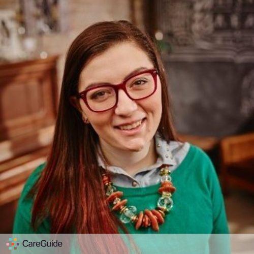 Writer Provider Victoria S's Profile Picture