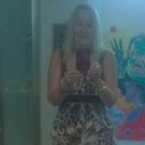 House Sitter Provider Vicki B's Profile Picture