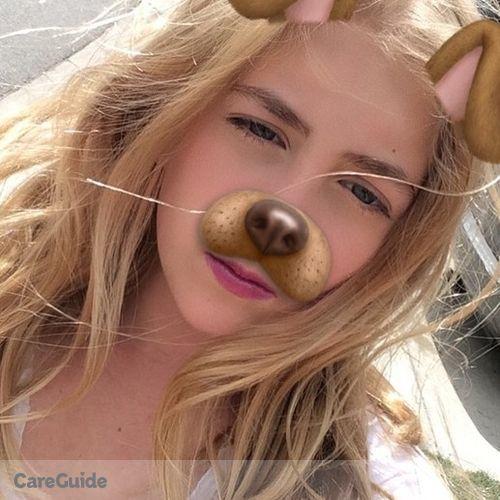 Canadian Nanny Provider Chloe Asselin's Profile Picture