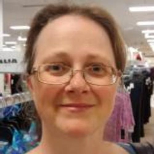 House Sitter Provider Shelley L's Profile Picture