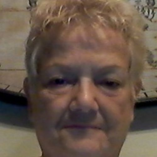 Housekeeper Provider Cindy Hull's Profile Picture