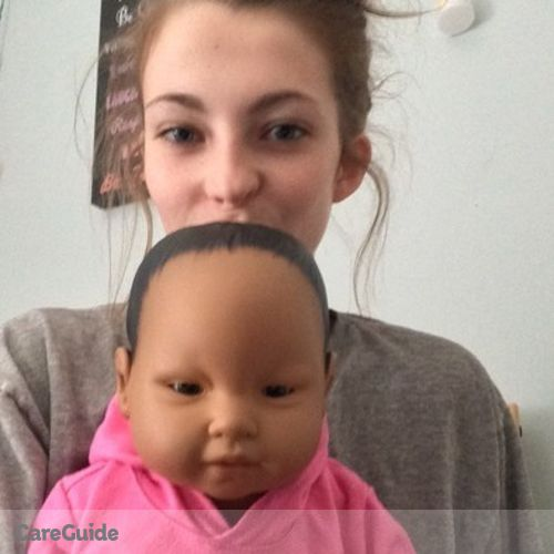 Child Care Provider Chloe Dickinson's Profile Picture