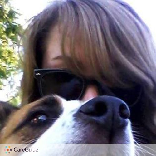 Pet Care Provider Amelia B's Profile Picture