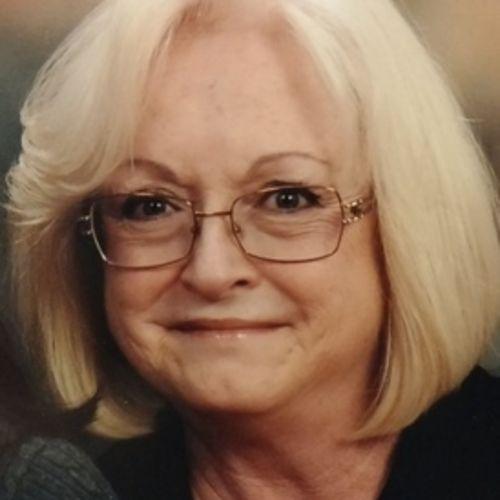 Pet Care Provider Lori Taylor's Profile Picture