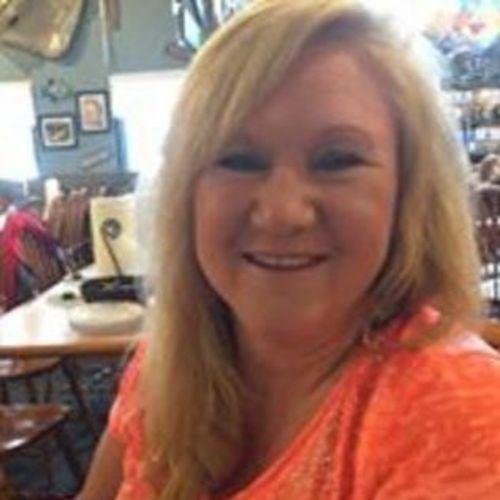 Housekeeper Provider LeKeeshia Dresko's Profile Picture