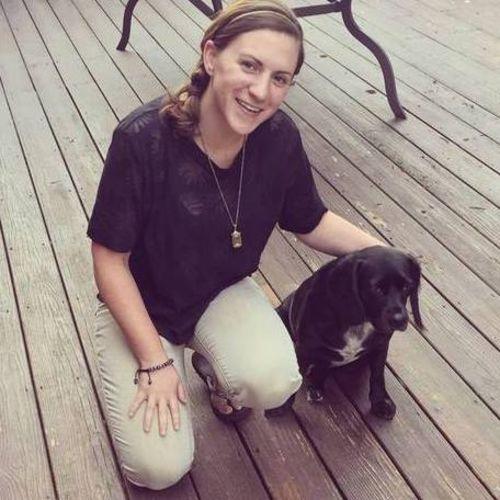 Pet Care Provider Cydnee Traversari's Profile Picture