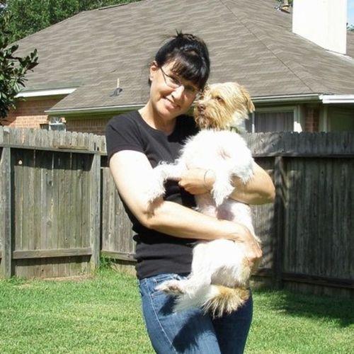 Pet Care Provider Susan D's Profile Picture