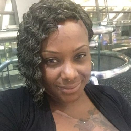 Housekeeper Provider Michele Flood's Profile Picture