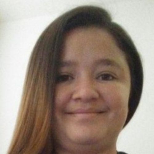 Housekeeper Provider Yanira elizabeth Villatoro figueroa's Profile Picture